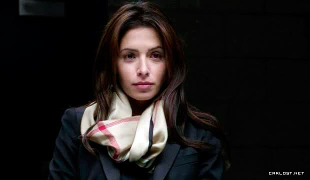 Sarah Shahi como Shaw en Person of Interest