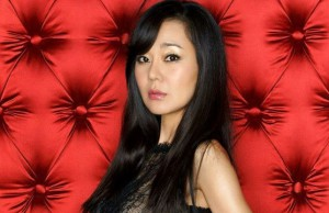 Yunjin Kim se une a Twitter