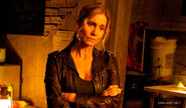 Elizabeth Mitchell como Rachel Matheson en Revolution 2x08