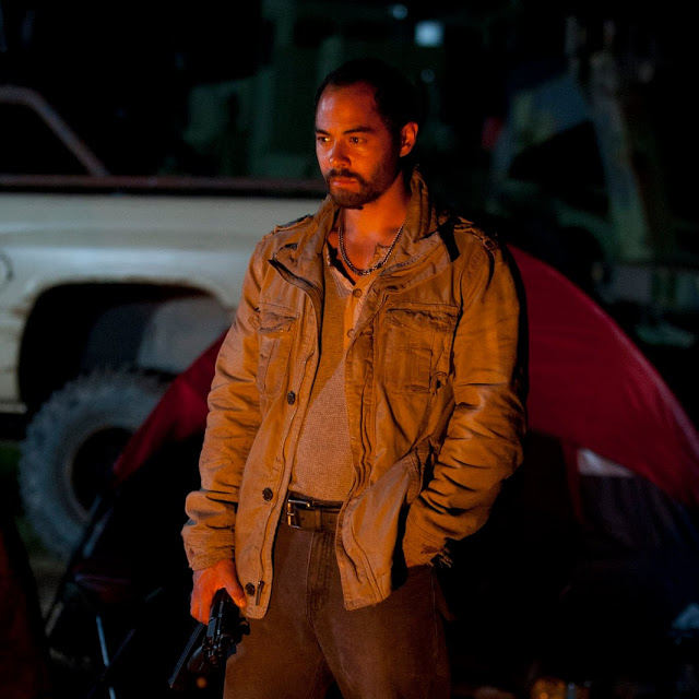 Caesar Martinez (Jose Pablo Cantillo) en The Walking Dead 4x06 Live Bait