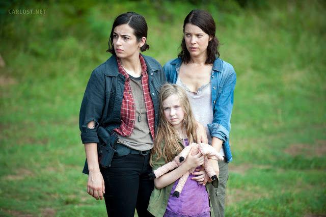 Tara (Alana Masterson), Meghan (Meyrick Murphy) y Lilly (Audrey Marie Anderson) en The Walking Dead Temporada 4, Episodio 7