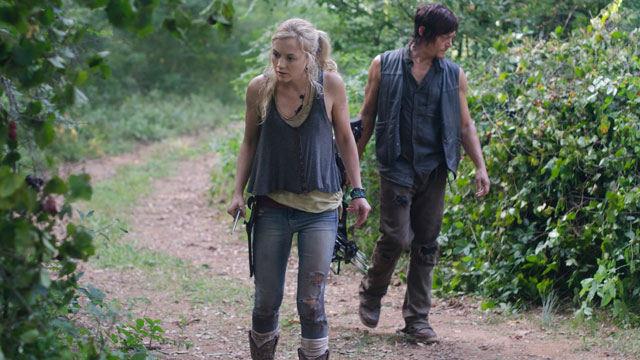 Beth Greene (Emily Kinney) y Daryl Dixon (Norman Reedus) en The Walking Dead 4x10 Inmates