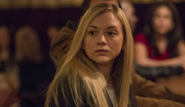 Emily Kinney en The Following 2x10