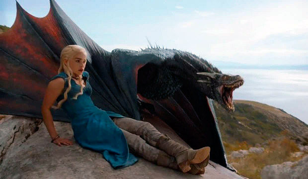 Game of Thrones Cuarta Temporada - Daenerys y su dragon