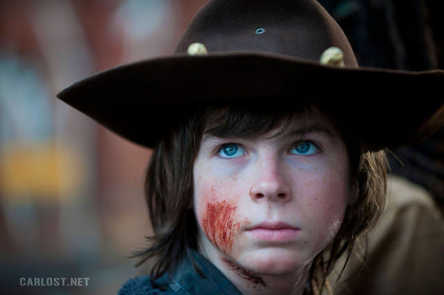 Carl Grimes (Chandler Riggs) en el final de temporada de The Walking Dead 4x16 A