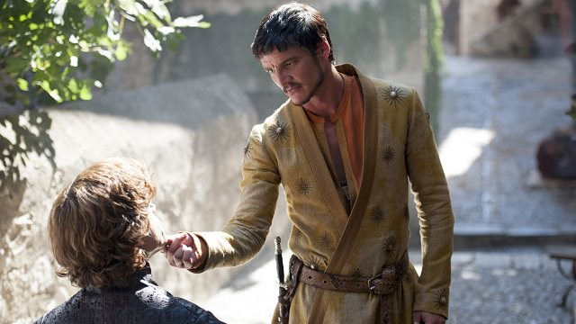 Tyrion Lannister(Peter Dinklage) y Oberyn Martell (Pedro Pascal) en Game of Thrones 4x01 Two Swords
