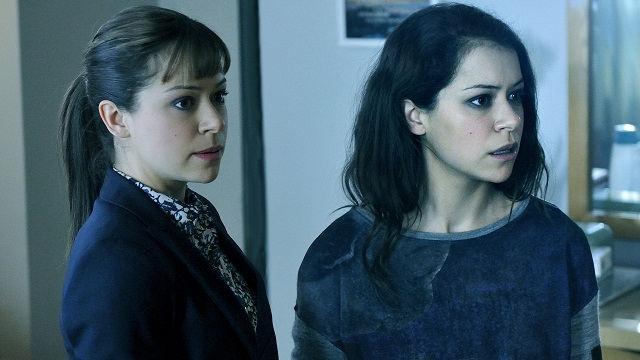Alison y Sarah (Tatiana Maslany) en Orphan Black 2x07