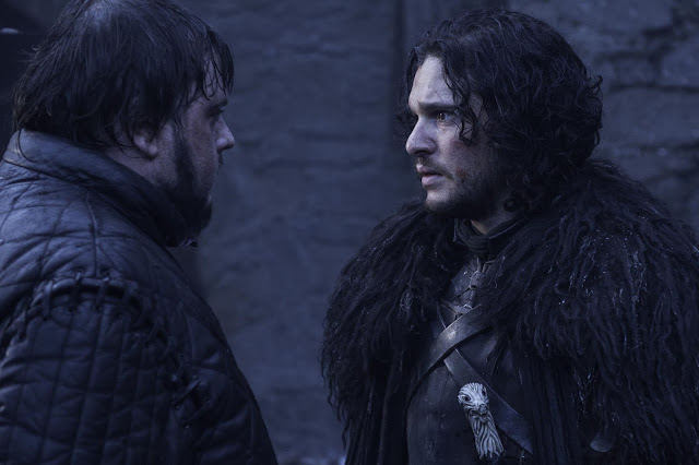 Samwell Tarly (John Bradley) y Jon Snow (Kit Harington) en Game of Thrones 4.09 The Watchers on the Wall