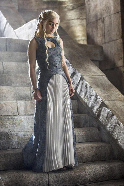 Daenerys Targaryen (Emilia Clarke) en Game of Thrones S04E10 The Children (Season Finale)