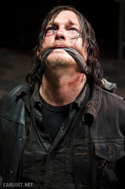 Daryl Dixon (Norman Reedus) amordazado en Terminus en The Walking Dead 5x01