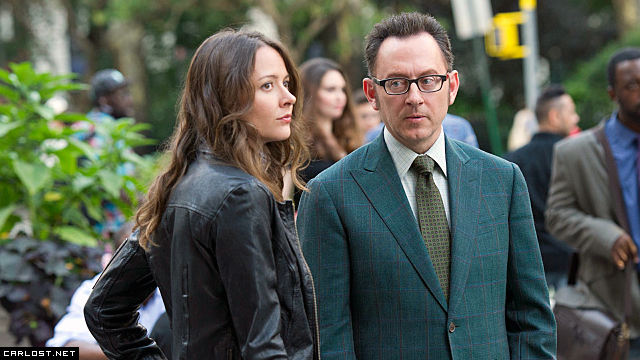Root (Amy Acker) & Harold Finch (Michael Emerson) en Person of Interest 4x03 Wingman