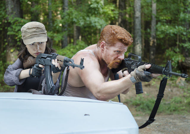 Rosita Espinosa (Christian Serratos) y Abraham Ford (Michael Cudlitz) en The Walking Dead 5x11 The Distance (La Distancia)