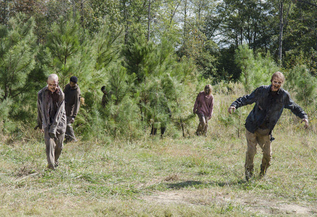 Walkers en The Walking Dead 5x14 Spend