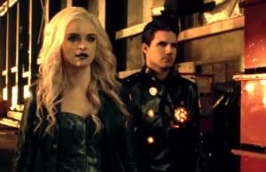 The Flash Temporada 2 - Caitlin Snow (Danielle Panabaker) y Ronnie Raymond (Robbie Amell)