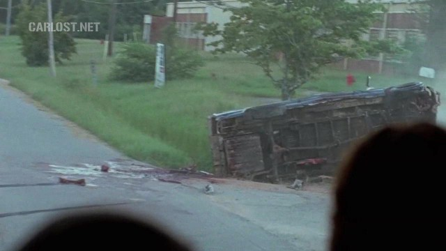 (Spoiler) Vehiculo volcado en The Walking Dead 6x11 Knots Untie
