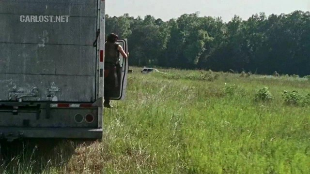 (Spoiler) Daryl saltando de un camión en The Walking Dead 6x10 The Next World
