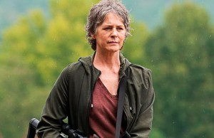 Melissa McBride como Carol Peletier en The Walking Dead 6x12 Not Tomorrow Yet