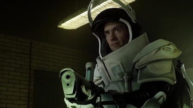 Victor Fries (Mr. Freeze) en Gotham 2x13 A Dead Man Feels No Cold