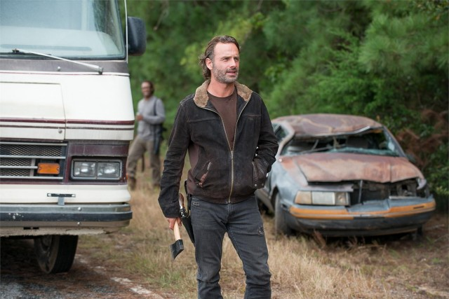 Andrew Lincoln como Rick Grimes en The Walking Dead 6x12 Not Tomorrow Yet
