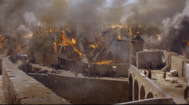 Spoiler-Game-of-Thrones-6x01-Mereen-incendiandose-Tyrion-y-Varys-Carlost.net-2016