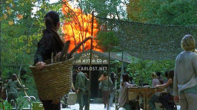 The Walking Dead Temporada 7: Noticias,Fotos y Spoilers. - Página 15 Spoiler-The-Walking-Dead-7x15-Carlost-TWD-715-Oceanside-explosio-640x360
