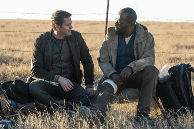 FearTWD 4x05 - Garret Dillahunt como John Dorie y Lennie James como Morgan Jones