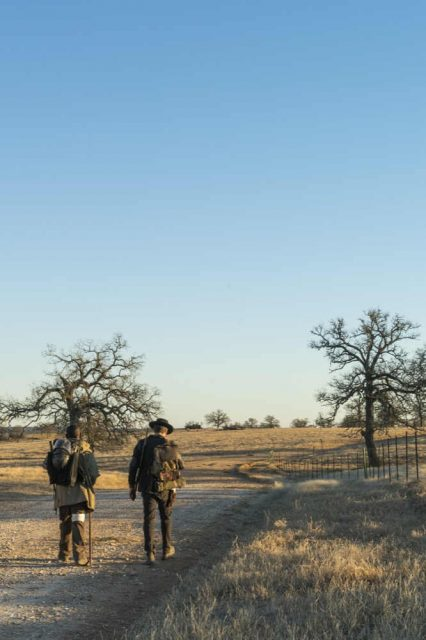FearTWD 4x05 - Lennie James como Morgan Jones y Garret Dillahunt como John Dorie
