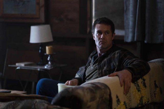 Fear The Walking Dead 4x05 - Garret Dillahunt como John Dorie