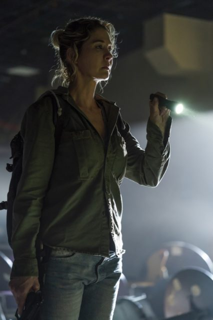 Fear the Walking Dead S04E06 - Jenna Elfman como Naomi