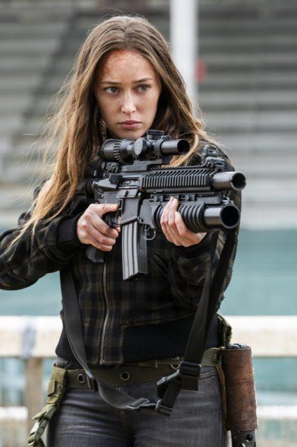 Fear the Walking Dead 4x06 - Alycia Debnam-Carey como Alicia Clark