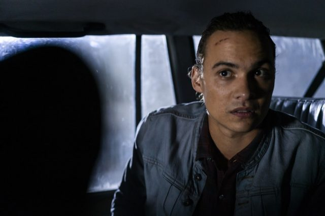 Fear The Walking Dead S04E07 – Frank Dillane como Nick Clark