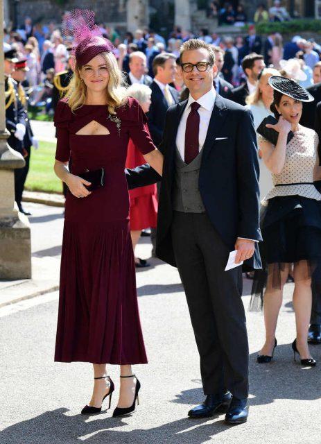 Jacinda Barrett y su esposo Gabriel Match en la boda de Meghan Markle y el príncipe Harry