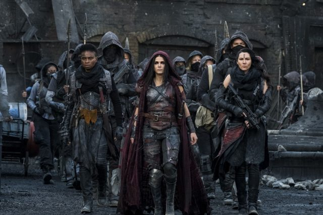 The 100 5x05 - Marie Avgeropoulos como Octavia Blake