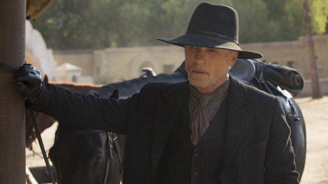 Westworld 2x04 - Ed Harris como el Hombre de Negro.