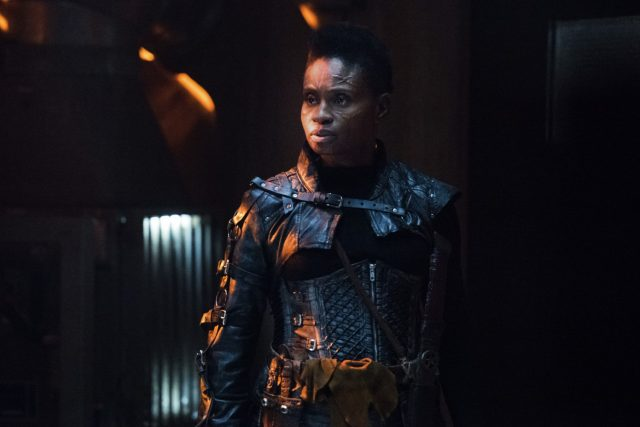 The 100 Temporada 5 Episodio 9 – Adina Porter como Indra