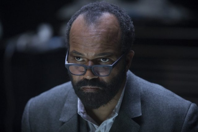 Westworld 2x09 - Jeffrey Wright como Bernanrd