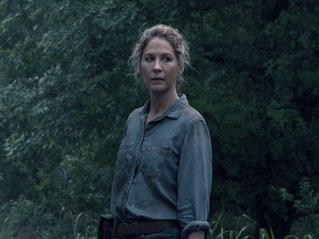 June (Jenna Elfman) en Fear The Walking Dead S04E13