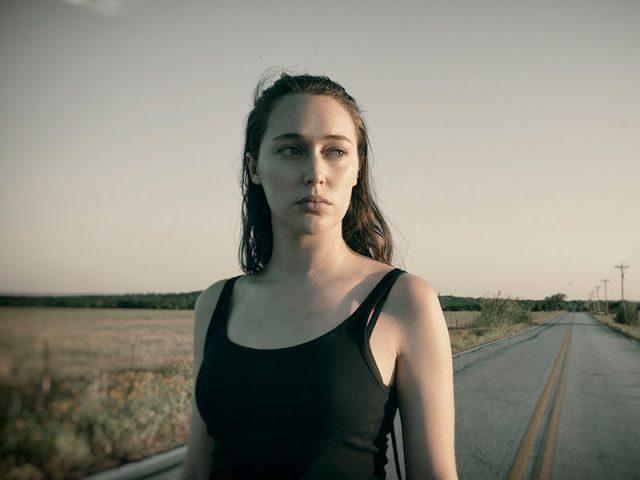 Alicia Clark (Alycia Debnam-Carey) en Fear The Walking Dead 4x14