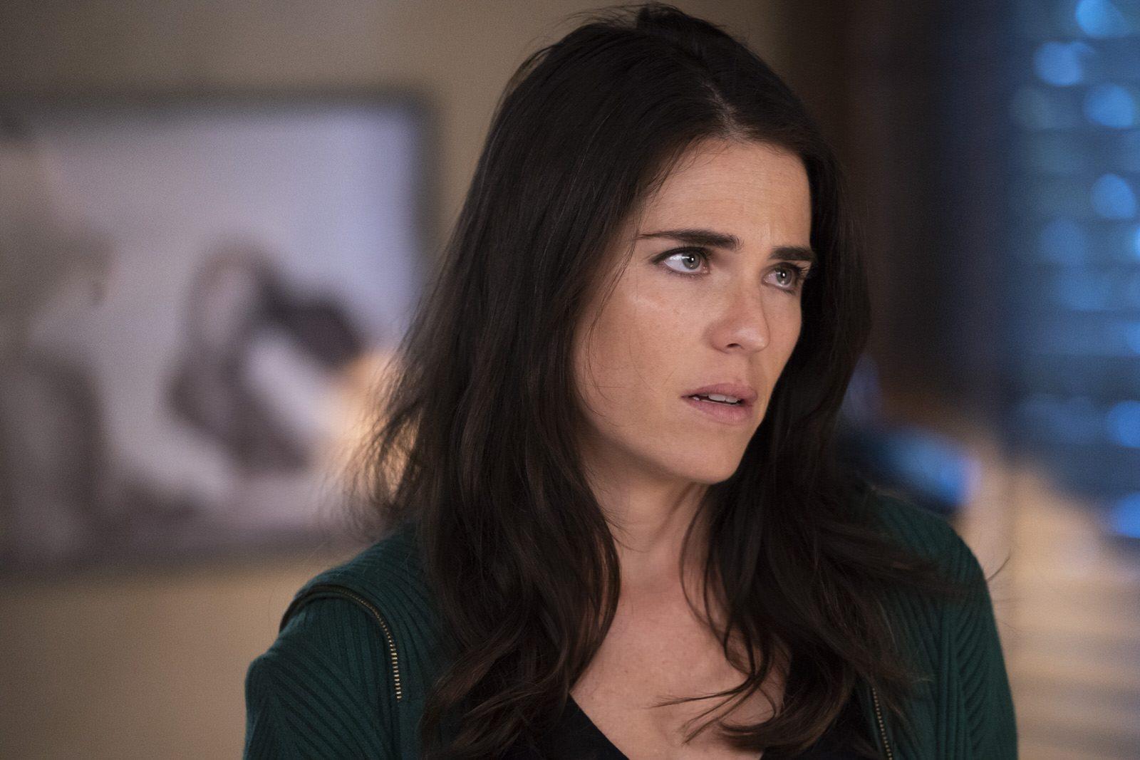 Karla Souza como Laurel Castillo en HTGAWM 5x15 (Season Finale)