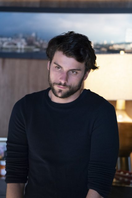 Jack Falahee como Connor Walsh en How To Get Away With Murder 5x15 (Season Finale)