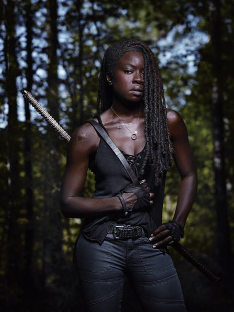 Retrato de Danai Gurira como Michonne en la Temporada 9 de The Walking Dead