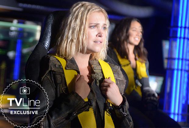 The 100 Temporada 6 - Clarke (Eliza Taylor) y Emori (Luisa D'Oliveira)