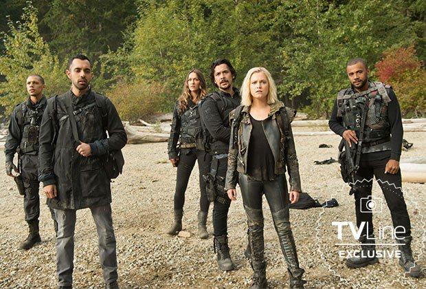 The 100 Temporada 6 - Shaw (Jordan Bolger), Jackson (Sachin Sahel), Echo (Tasya Teles) , Bellamy (Bob Morley), Clarke (Eliza Taylor) y Miller (Jared Joseph)