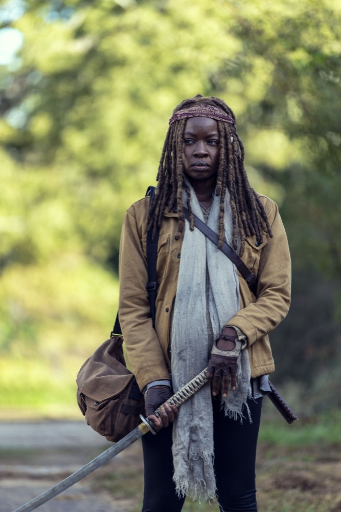 Danai Gurira como Michonne en The Walking Dead 9x14