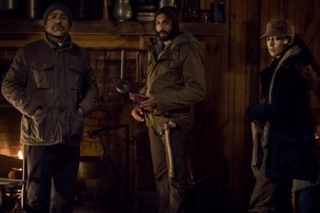 TWD 9x16 - El triángulo amoroso entre Seth Gilliam como el Padre Gabriel Stokes, Avi Nash como Siddiq, Christian Serratos como Rosita Espinosa