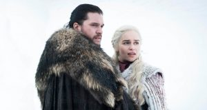Jon Snow y Daenerys Targaryen en Game of Thrones 8x01 (Episodio 68) - Carlost.net