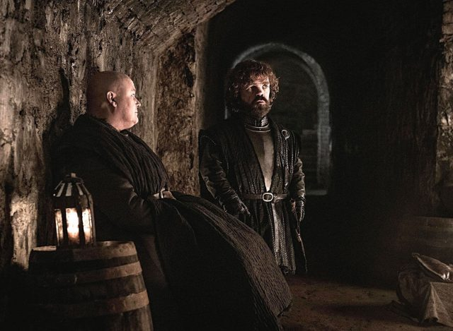 Varys y Tyrion en Game of Thrones Temporada 8 Episodio 3