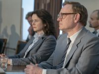 Emily Watson como Ulana Khomyuk y Jared Harris como Valery Legasov en Chernobyl 1x05