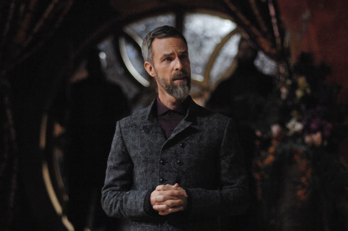 JR Bourne como Russell VII en The 100 607