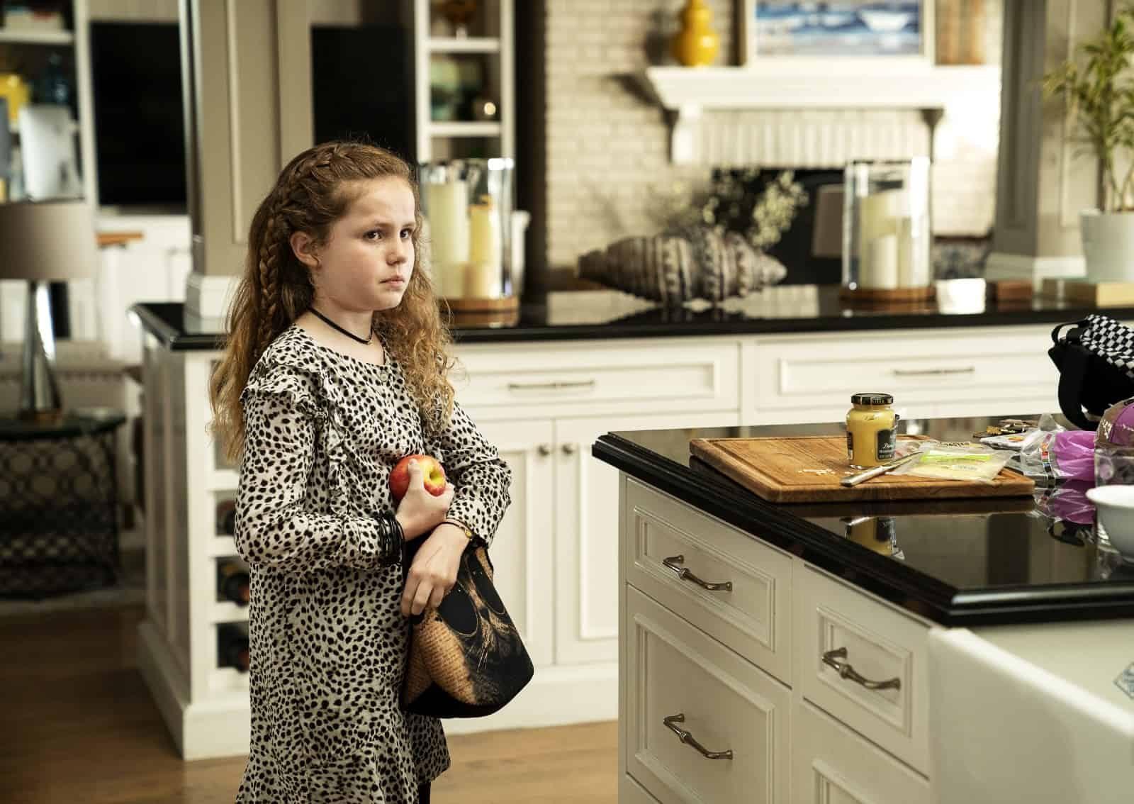 Darby Camp como Chloe Mackenzie en Big Little Lies S02E07